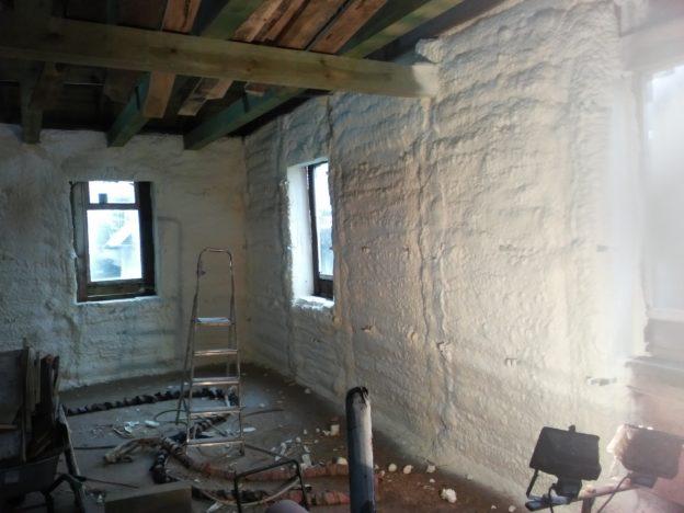ocieplanie ścian i dachu